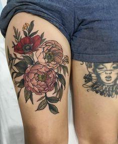 X inkredible poppies tattoo, flower tattoos и tattoos. Fake Tattoo, Weird Tattoos, Badass Tattoos, Pretty Tattoos, Beautiful Tattoos, Stomach Tattoos, Leg Tattoos, Body Art Tattoos, Tattoo Drawings