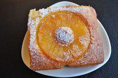 Gâteau moelleux à l'ananas caramélisé