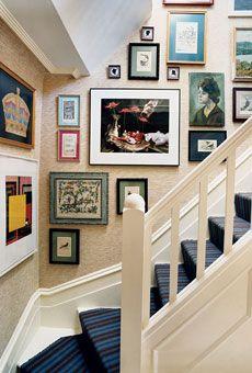 grasscloth salon stairway
