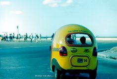 Su #Malecón enamora #Molyvade #viaje #Cuba #LaHabana #Cocotaxi ¡Volvemos a viajar! http://molyvade.blogspot.com/2016/05/cuba-ii.html