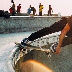 . Skateboard, Skate Photos, Image Originale, Film Photography, Venice, Images, Instagram, Carving, Magazine