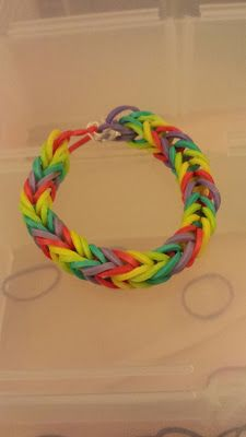 how to make fishtail bracelet w loom bands