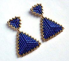 Изделия из бисера   VK Beaded Earrings Patterns, Beaded Jewelry Designs, Seed Bead Jewelry, Bead Jewellery, Seed Bead Earrings, Jewelry Patterns, Diy Earrings, Bracelet Patterns, Handmade Jewelry