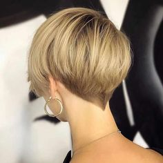New Pixie And Bob Haircuts 2019 - Super Short Hairstyles New Pixie And Bob Haircuts 2019 - Coiffures Very Short Hair, Short Hair Cuts For Women, Short Hairstyles For Women, Pixie Bob Haircut, Short Pixie Haircuts, Long Pixie Cuts, Short Cuts, Asymmetrical Bob Haircuts, Trending Hairstyles
