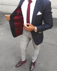 Why mens fashion casual matters? Because no one likes to look boring! But what are the best mens fashion casual tips out there that can help you […] Blue Blazer Men, Blazer Outfits Men, Mens Fashion Blazer, Suit Fashion, Party Fashion, Blue Blazers, Big Man Suits, Style Masculin, Herren Outfit