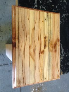 Cutting board, made from pallet wood.