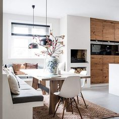 Amazing Modern Minimal Style Dining Room - Lounge Seating - Ideas of Lounge Sea. - Amazing Modern Minimal Style Dining Room – Lounge Seating – Ideas of Lounge Seating - Dining Room Colors, Dining Room Lighting, Dining Room Design, Kitchen Seating, Kitchen Benches, Kitchen Walls, Built In Dining Room Seating, Kitchen Decor, Design Kitchen