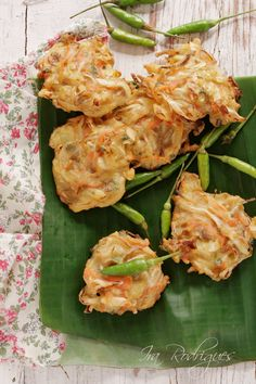 Bakwan Is An Indonesian Fried Meal Consisting Of Vegetables And Batter 1 Bakwan