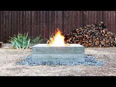 Kylan börjar komma krypandes och att då kunna värma sig kring en eldstad är ju alltid trevligt. Det innebär också att man får tillfälle att grilla både korv och marshmallows, vilket såklart är en bonus. I den här instruktionsvideon får vi reda på hur man snickrar ihop sin egna eldstad i betong. Det tar ungefär en helg och kostar i detta fall omkring 150 dollar.