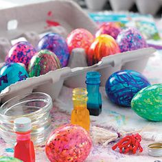 An Egg-Cellent Easter Egg Dying Party! Decorating Easter eggs becomes a special family tradition