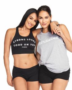 Makeup on Brie & Nikki Bella for Birdiebee Nicki Bella, Bella Diva, Nikki Bella Photos, Nikki And Brie Bella, Bella Sisters, The Bella Twins, Brie Bella Wwe, Celebrity Twins, Famous Twins