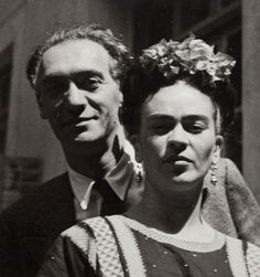 Photo by Nickolas Muray, 1939, Nickolas Muray and Frida Kahlo.
