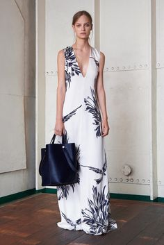Mulberry Resort 2016 Fashion Show Collection
