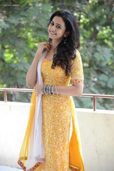 Rakul Preet Singh Yellow Dress, Rakul Preet Singh Latest Stills, Rakul Preet Singh Cute