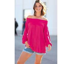 Tričko s pružným lodičkovým výstřihem | modino.cz #ModinoCZ #modino_cz #modino_style #style #fashion #shirt