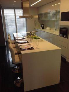 Apartamento Lisboa: Cozinhas modernas por 3L, Arquitectura e Remodelação de Interiores, Lda