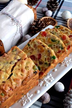 A common Christmastime tradition is fruitcake, and there's so many varieties to choose from. My version is free of alcohol and loaded with both candied and dried fruit, as well as walnuts. Christmas Apricot and Walnut Fruitcake just might be your… Xmas Food, Christmas Cooking, Christmas Desserts, Christmas Fruitcake, Christmas Fruit Cake Recipe, Christmas Cakes, Easy Cake Recipes, Fruit Recipes, Dessert Recipes