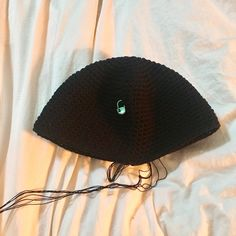 코바늘 블랙 버킷햇 (도안수정) : 네이버 블로그 Crochet Hats, Beanie, Fashion, Caps Hats, Knitting Hats, Moda, Fashion Styles, Beanies, Fasion