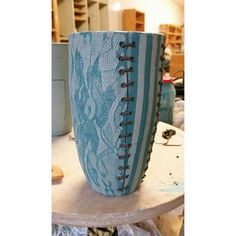 #workinprogress #pottery #clay #ceramic #ceramics #stoneware #art #handmade #sewing #sewed #cup #engobe #slip #claudiakutsche