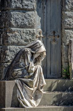 """The Widow - Widow while weeping marble statue outside a tomb in San Miniato Florence cemetery, """"cimitero delle porte sante"""". Cemetery Angels, Cemetery Statues, Cemetery Art, Angel Statues, Urbane Fotografie, Famous Sculptures, Sacred Architecture, Arte Obscura, Bronze Sculpture"""