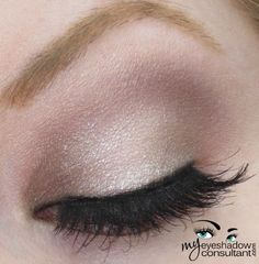 Naked Palette Too Faced Eyeshadow Insurance UD Tease (crease) UD Pistol (inner and outer third of lid) UD Verve (middle of lid) UD Bootycall (blend) MAC Blacktrack Fluidline L'Oreal Voluminous Mascara Almay Brow Defining Pencil in Dark Blonde Kiss Makeup, Love Makeup, Beauty Makeup, Makeup Looks, Hair Beauty, Fresh Makeup, Too Faced Eyeshadow, Nude Eyeshadow, Makeup Products