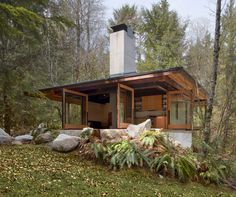 Tye River cabin designed by Olson Kundig Architects #architecture