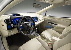 www.auto-types.com images _autonews 2011Honda-Insight-Hybrid-interior_52.jpg