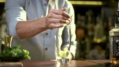 Thirsty Barman presents Cocktails101: Apple and Elderflower Mojito