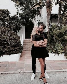 Discovered by efflorescence. Find images and videos about love, black and white and couple on We Heart It - the app to get lost in what you love. Cute Relationship Goals, Cute Relationships, Cute Couples Goals, Couples In Love, Couple Goals Cuddling, The Love Club, Boyfriend Goals, Young Love, Love Couple