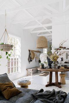 sfgirlbybay / bohemian modern style from a san francisco girl Salon Interior Design, Interior Stylist, Salon Design, Modern Bohemian Decor, Modern Decor, Bohemian Design, Cosy Corner, Bright Homes, Living Room Grey