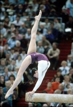Lo único que puedo hacer es..... Estirarme para abajo :( Necesito practica y una entrenadora.