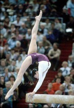 Svetlana Grozdova (USSR) on beam at the 1981 World Championships