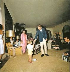 Easter 1963 at the Paul residence in Palm Beach. Jackie is pregnant with Patrick here.