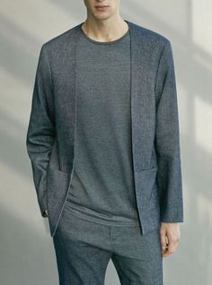 P minimalist fashion mode Fashion Mode, Minimal Fashion, Mens Fashion, Fashion Trends, Retro Fashion, Mode Costume, Style Masculin, Cool Summer Outfits, Komplette Outfits