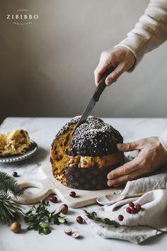 Was wäre Weihnachten in Italien ohne Panettone? Der luftig flaumige Weihnachtskuchen gehört zu Weihnachten wie die Butter aufs Brot. In dem Sinne frohe Weihnachten von uns! Emilia Romagna, Kakao, Chocolate, Christmas In Italy, Italian Cuisine, Pastry Chef