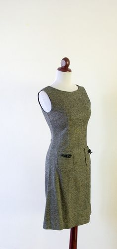 Vintage 1950s Black and White Wool Bow Dress by RetroKittenVintage, $42.00