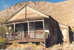Virginia City Nevada - My kind of house! Can you imagine the history of the old gold miners in that area.