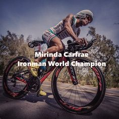 Huge congratulations to australian Mirinda Carfrae who took the World Ironman title for the 3rd time in Kona!!! An incredible race finishing in (9:00:55) . 2nd place went to Daniela Ryf (9:02:57) and 3rd to Rachel Joyce (9:04:23) well done ladies and to all the Ironmen today! . #cyclelikeagirl to share your stories and follow @cyclelikeagirl to promote women's cycling together . #womenscycling #cycling #IM #IMkona #worldchampion #swimbikerun #triathalon #tri #triwomen #trbike #zipp #felt