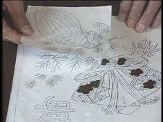 日本刺繍 紅会(くれないかい)公式ホームページ https://www.kurenai-kai.jp/ 紅会の通信講座第1弾『桜』のプロモーションビデオです。 技法「たてぬいきり」の技術解説と実際のぬい方をご覧いただけます。 DVDの映像はよりクリアな映像をご覧いただけます。