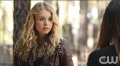 """The Vampire Diaries 6.Sezon 13.bölüm fragmanı yayınlandı! Haberin devamında yeni bölümü ile The CW ekranlarında devam edecek ve 5 Şubat 2015 Perşembe günü yayınlanacak olan """"The Day I Tried to Live"""" adı verilen The Vampire Diaries 6.Sezon 13.bölüm fragmanını izleyebilirsiniz."""