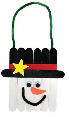 fun winter kids craft Add for easy cleanup! Snowman Christmas Ornaments, Snowman Crafts, Craft Stick Crafts, Crafts To Do, Winter Christmas, Kids Christmas, Holiday Crafts, Holiday Fun, Christmas Decorations