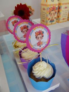 SD Eventos: PEQUEÑA FRIDA Cupcakes Frida Kahlo Toppers Frida Baby Party, Baby Shower Parties, Birthday Decorations, Birthday Party Themes, Frida Kahlo Party Decoration, Frida Kahlo Birthday, Mexican Party, Baby Birthday, Cake Smash