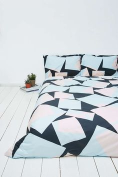 Bring some character to your bedroom with shapes and colour!