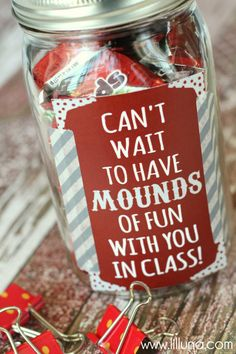 CUTE Mounds of Fun Teacher Gift with free prints on { lilluna.com } A yummy and inexpensive idea!