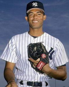 bd0e76ae7d Mariano Rivera Go Yankees, New York Yankees, Mlb Players, Baseball Players,  Yankee