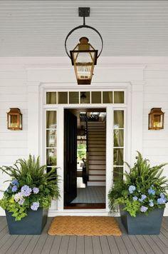 33 Ideas Backyard Porch Decorating Ideas Front Doors For 2019 - Modern Exterior Light Fixtures, Farmhouse Light Fixtures, Outdoor Light Fixtures, Farmhouse Lighting, Exterior Lighting, Front Door Lighting, Porch Lighting, Lighting Ideas, Outdoor Lighting