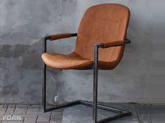 Cognac Kleur Stoel : Stoelen met metaal sledepoten modern retro vintage