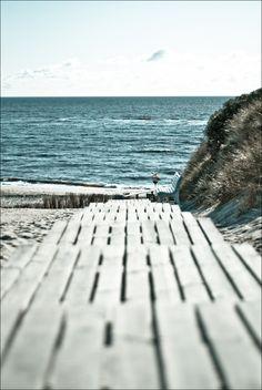 Take me to the beach, please.