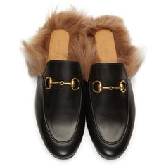 Gucci Black Princetown Slip-On Loafers (7.575 NOK) ❤ liked on Polyvore featuring shoes, loafers, zapatos, flats, momma shoes, loafer flats, slip-on shoes, gucci loafers, black round toe flats and black loafer flats