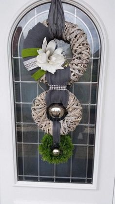 Pin for everything – FarmHouse 2020 Stampin Up Weihnachten, Christmas Flower Arrangements, Pressed Flower Art, Wedding Art, Summer Wreath, Beautiful Interiors, Door Wreaths, Design Crafts, Burlap Wreath